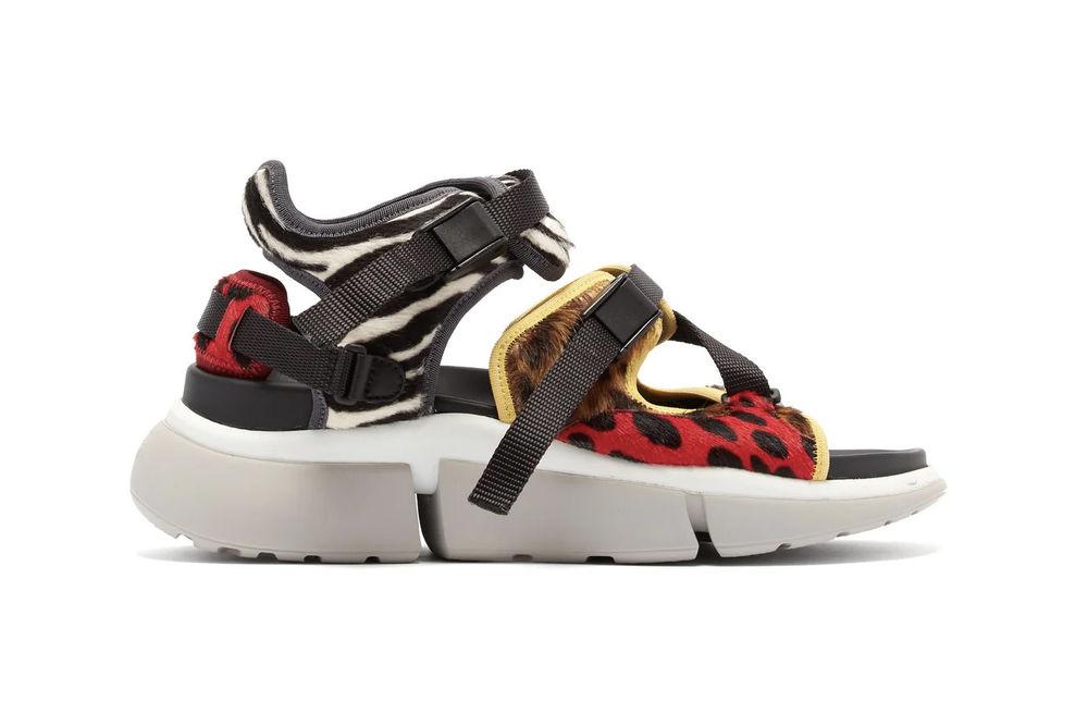 Tra comfort e fashion. Il sandalo ibrido