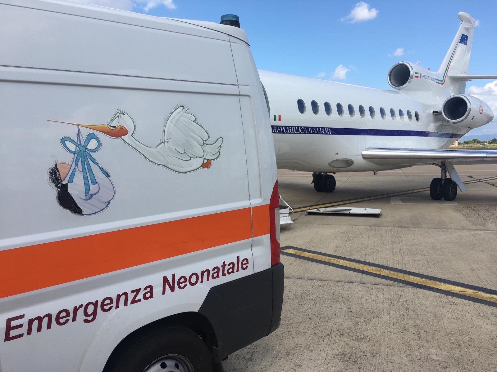 Un Falcon 900 dell'Areonautica militare per una bimba catanese di pochi giorni