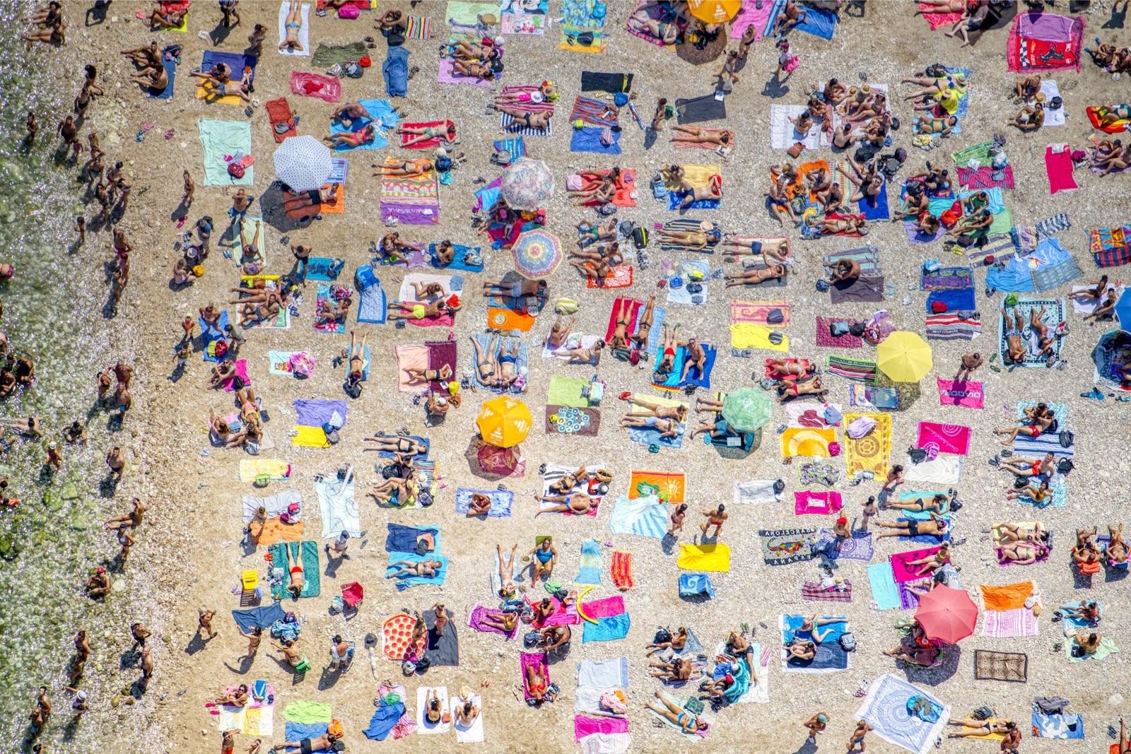 I ritratti collettivi di Fabrizio Villa. A Catania